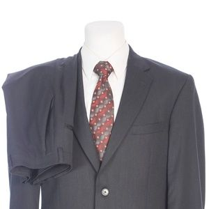 Jos A Bank Tailored Fit Dual Vent Gray Wool Suit
